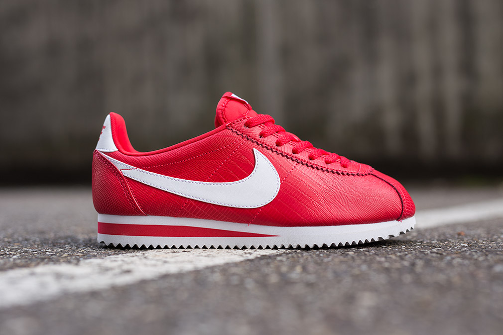 nike cortez red