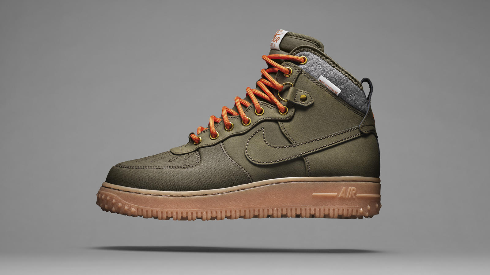 nike sneaker boots mens